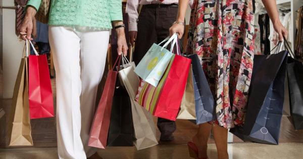 Orientações para comprar presentes com educação financeira