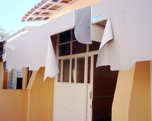 """Prefeitura vai implantar muro e nova calçada na escola """"Victor Hugo"""""""