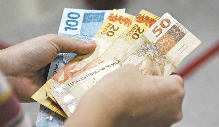 Cédulas de dinheiro podem ser transmissoras de doenças