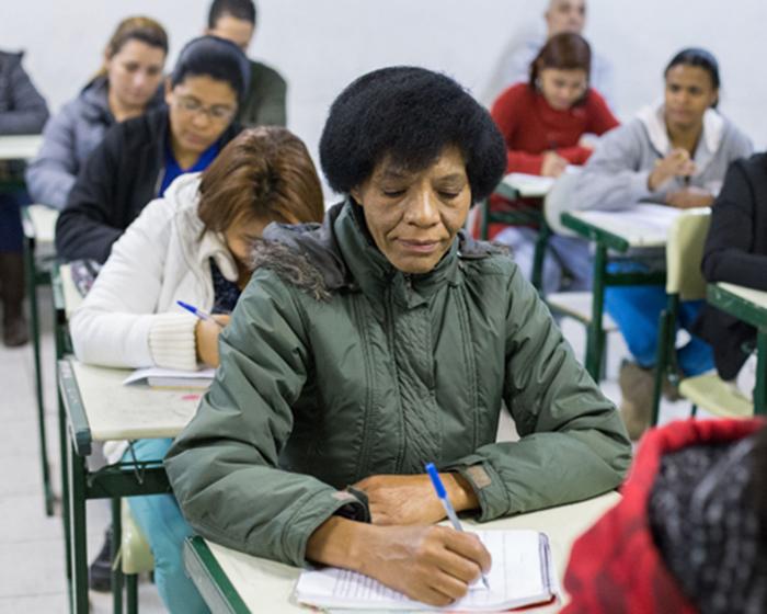 Curso de Educação de Jovens e Adultos tem inscrições abertas