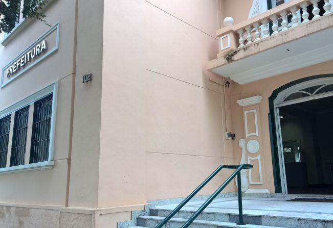 Repartições públicas em Garça fecham hoje e reabrem na quarta-feira, às 13 horas