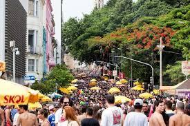 Confira o que abre e fecha nos serviços públicos durante o Carnaval