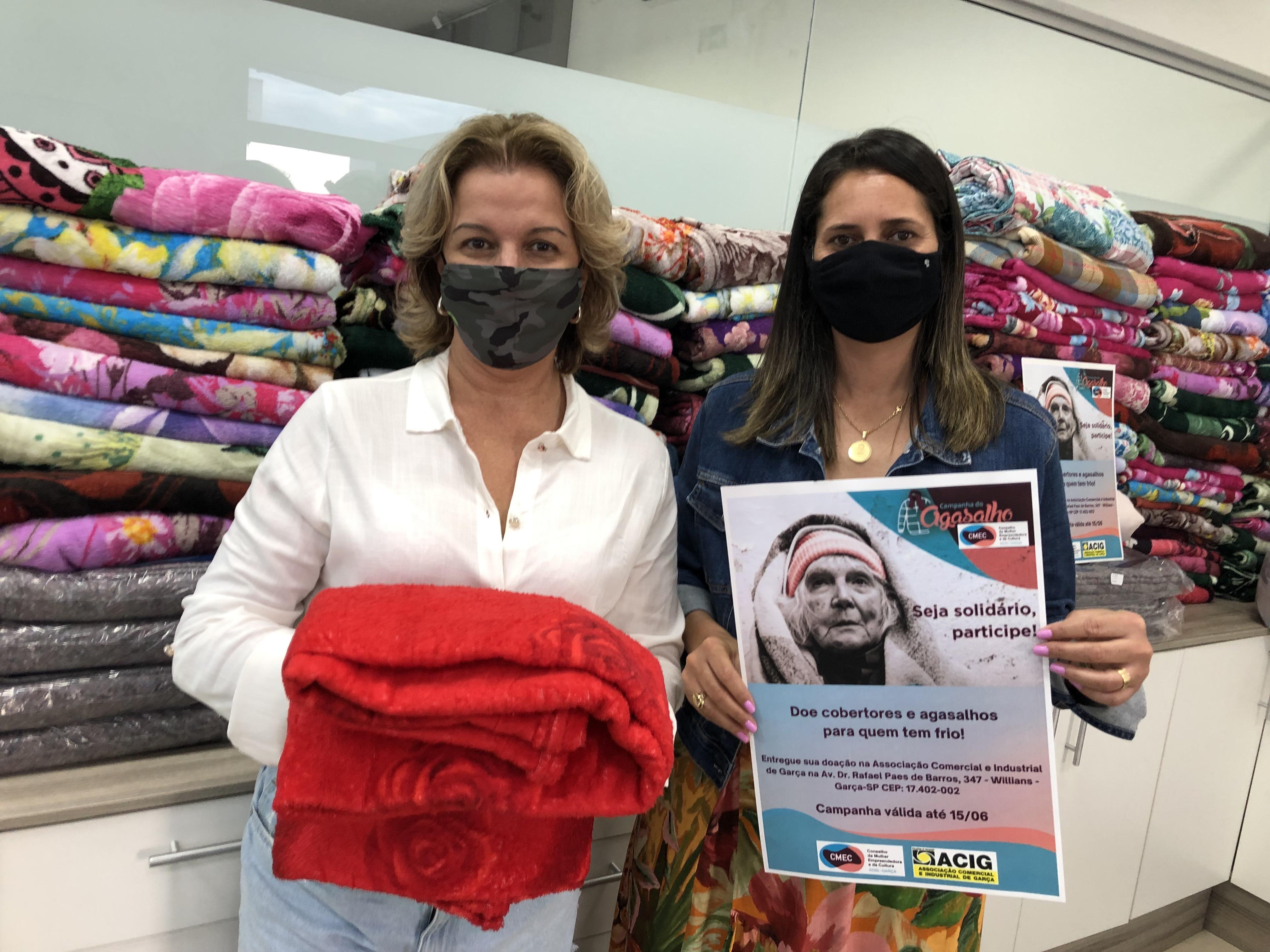 Conselho da Mulher Empreendedora da ACIG doa 100 cobertores em Garça