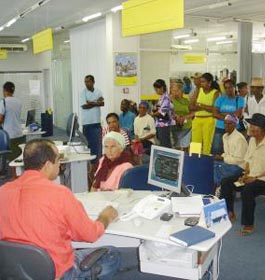 Bancos fecham hoje e reabrem na quinta-feira Brasília